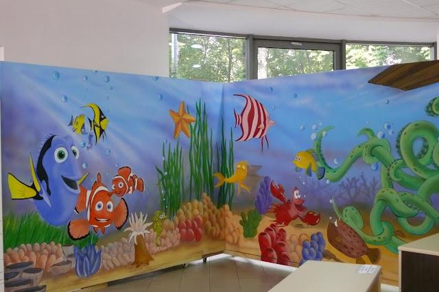 Malowanie rafy koralowej w pokoju dziecka, aranżacja ściany, artystyczne usługi malarskie, Toruń