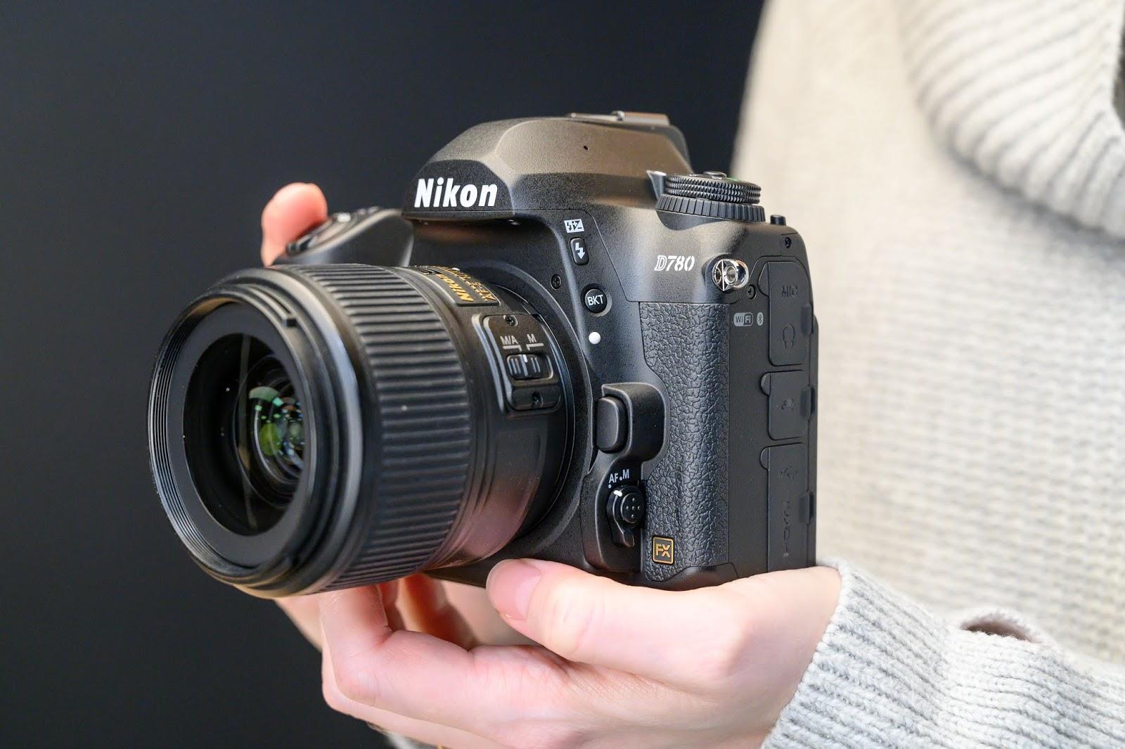 Nikon D780 в руках