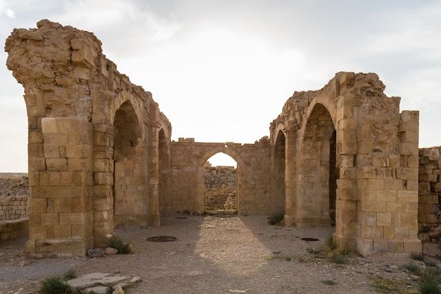 Edificaciones dentro del castillo de Shobak, Jordania