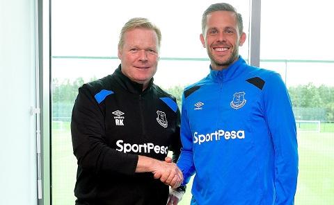 Sigurdsson sớm chuyển đến thi đấu cho Everton.