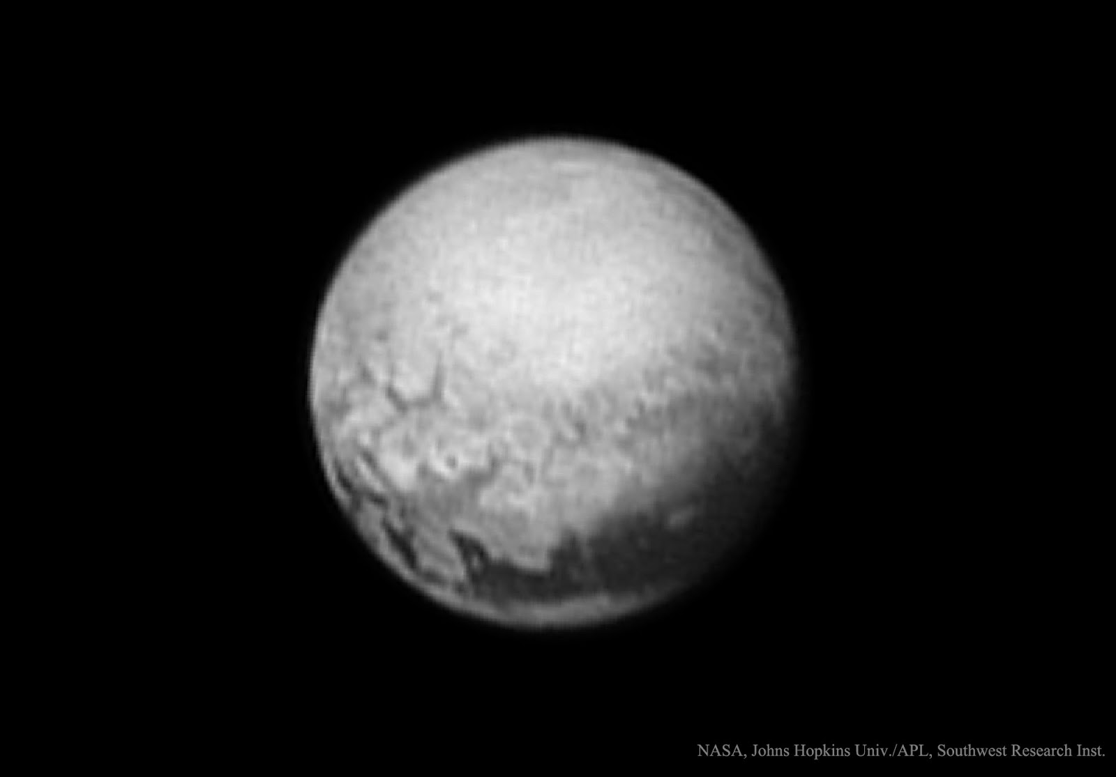 Discovery Of Pluto: XDA: Giant Fortifications Discovered On Pluto
