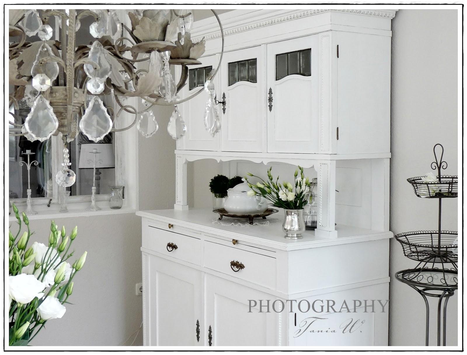 wohnzimmer streichen in silber. Black Bedroom Furniture Sets. Home Design Ideas