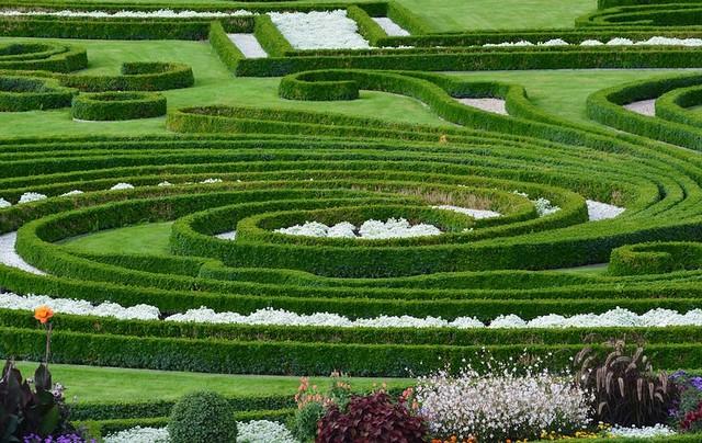 Herrenhäuser Gardens;Taman, Sebuah Mesin Pembersih di Tengah Kota;Perkembangan Taman Kota di Berbagai Negara di Belahan Dunia;Mesin Pembersih yang Efektif di Tengah Kota;