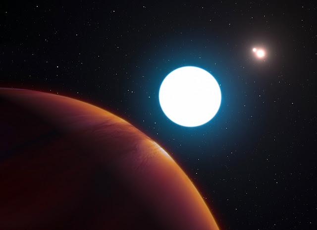 Hình ảnh đồ họa cho thấy góc nhìn từ ngoại hành tinh HD 131399Ab về ba ngôi sao trong hệ. Credit: ESO / L. Calcada.