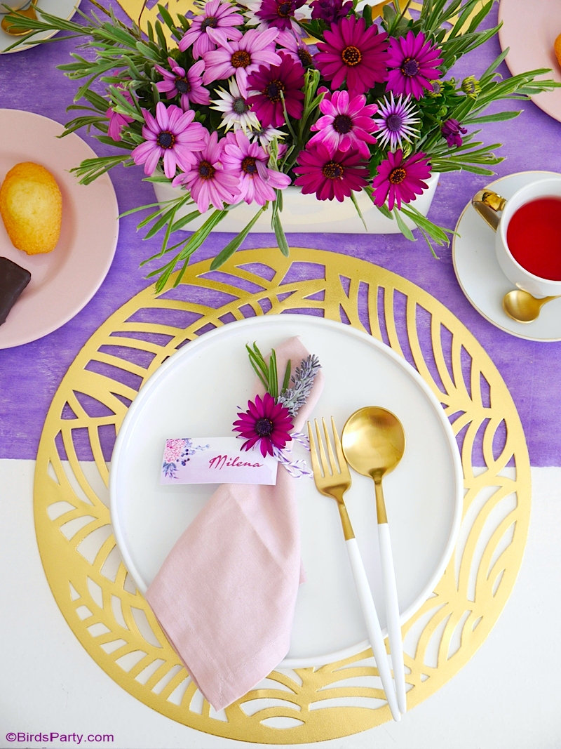 Une Thé Party et Décor de Table Lavande pour la Fête des Mères - astuces et idées, recettes et printables pour célébrer maman! by BIrdsParty;com @birdsparty #théparty #fetedesmères #decordetable #tablelavande #decorationdefete