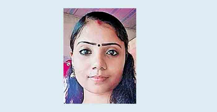 Woman dies after delivery in Kochi, Local News, News, Kochi, Dead, Hospital, Treatment, Pregnant Woman, Child, Kerala