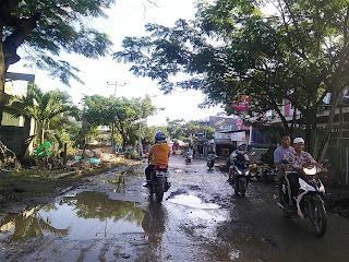 Jalan Provinsi Datuk Dibanta Babak Belur