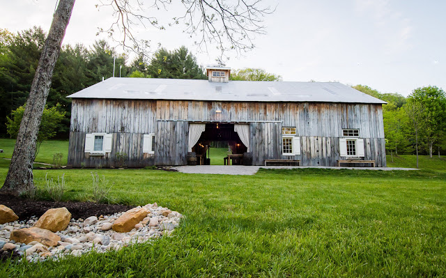 Brown County Wedding Venues The Old Barn at Brown County
