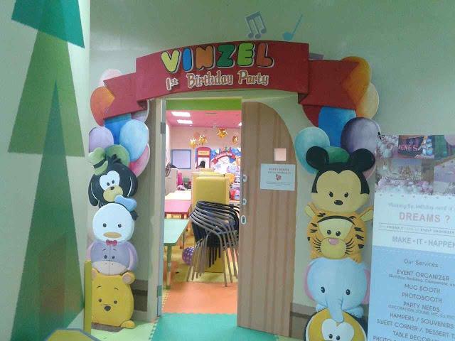 Foto dekorasi gate tematik ultah anak