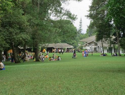 Pesona Keindahan Obyek Wisata Taman Rekreasi Selabintana Di