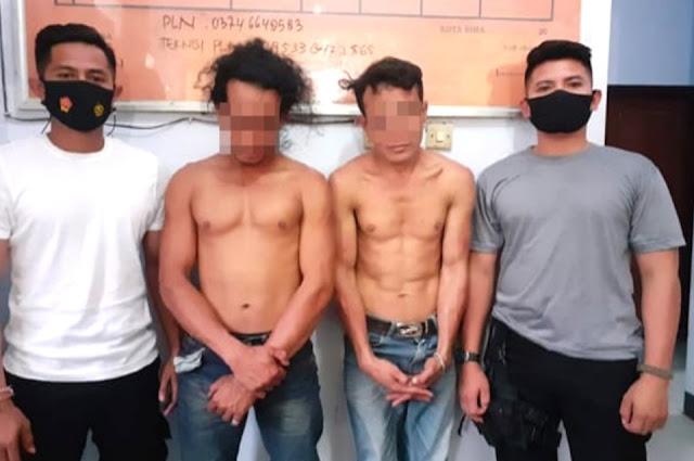 Dua pemuda ugal-ugalan sambil ancam pengendara dengan parang