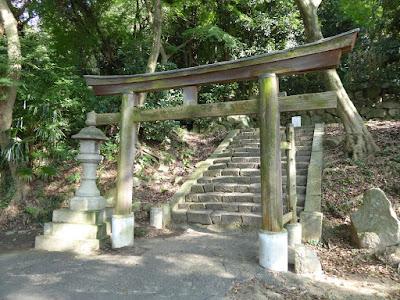 四條畷神社 北側の鳥居