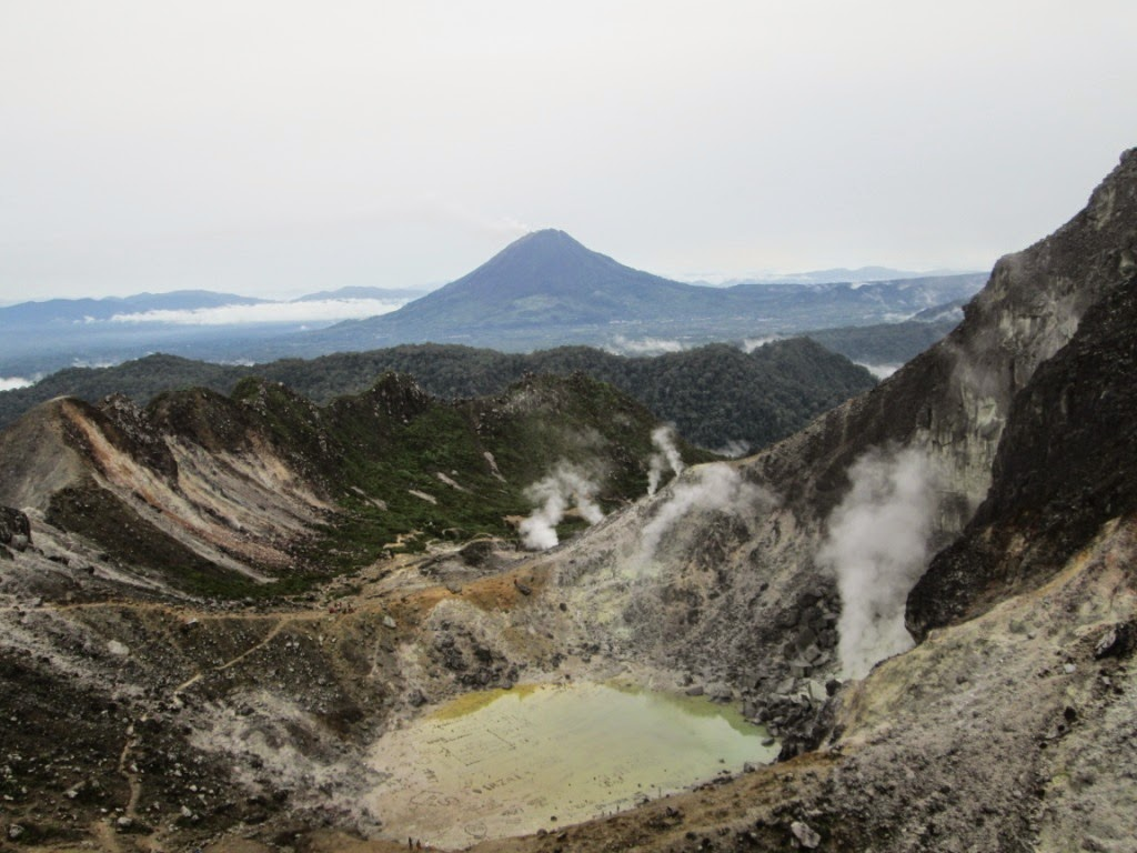 Gerakan Mulung Gunung (GaLungGung) Sibayak