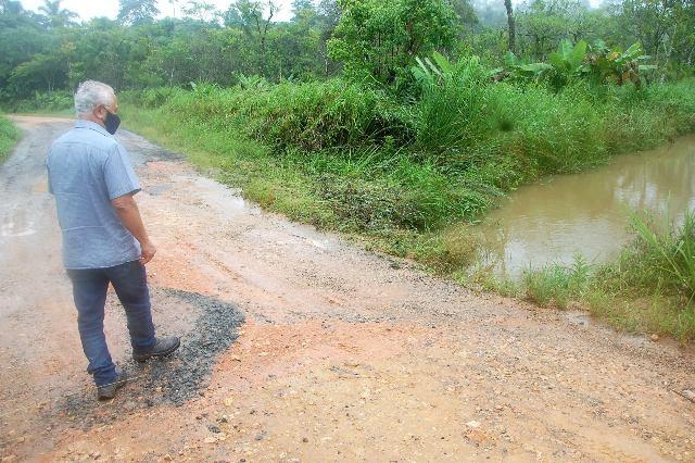 Vereador Chiquinho traça um planejamento para a manutenção de estradas rurais  em Registro-SP