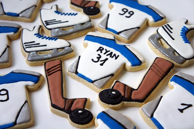 Askanam: Hockey themed custom cookies