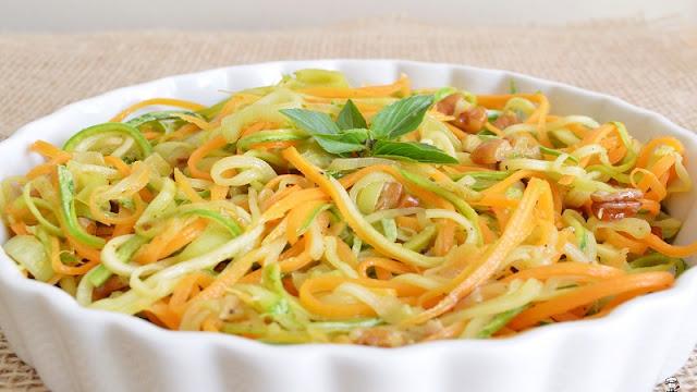 Molho Vegetal de Cenouras e Abobrinhas (Imagem: Reprodução/Camila na Cozinha)