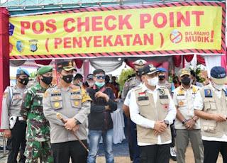 Bupati Zahir Bersama Kapolres Tinjau Check Point Perbatasan Batu Bara - Sergai
