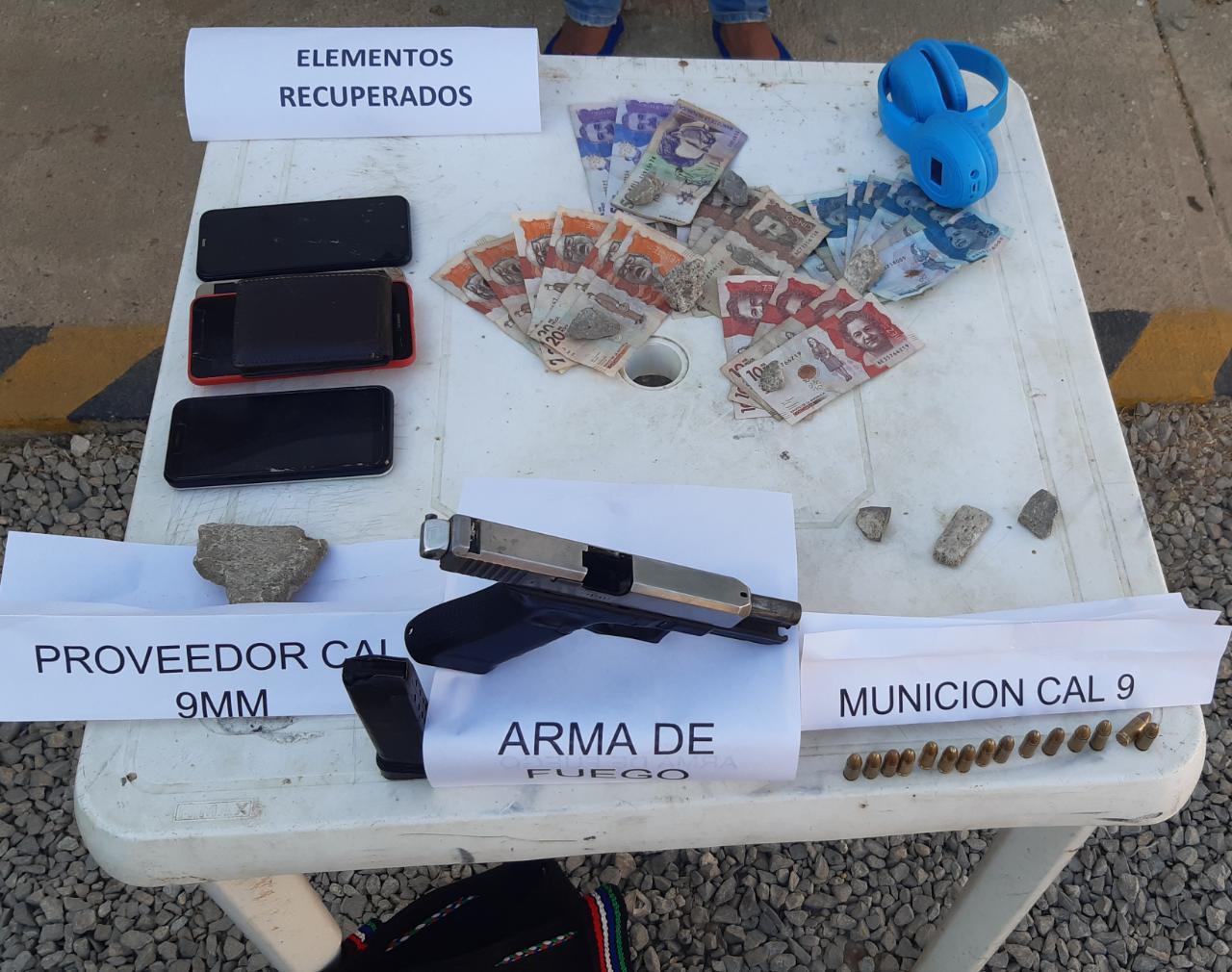 https://www.notasrosas.com/Policía Guajira captura en Uribia, a ciudadano por Porte Ilegal de Armas de Fuego y Hurto