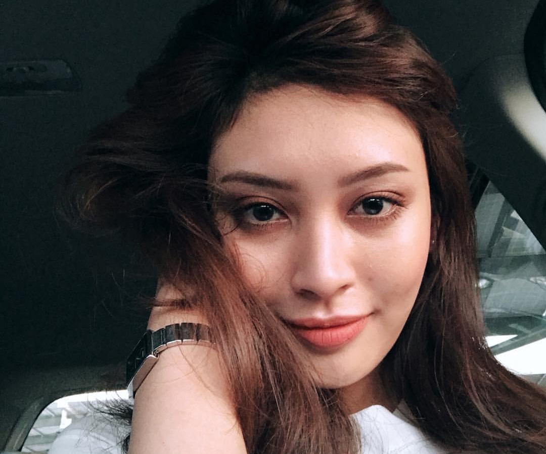 Biodata Zeera Azizi Peserta Dewi Remaja