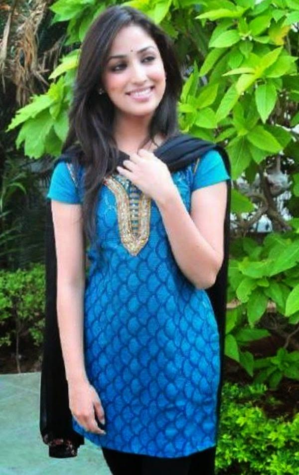 Dreammy Yami Gautam in Salwaar Kameez, Is She HOT