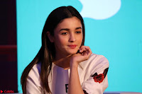 Alia Bhatt looks super cute in T Shirt   IMG 7806.JPG