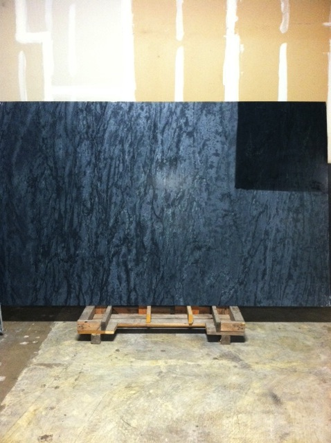 Natural Dark Gray With Some Black Veins Oiled Movement