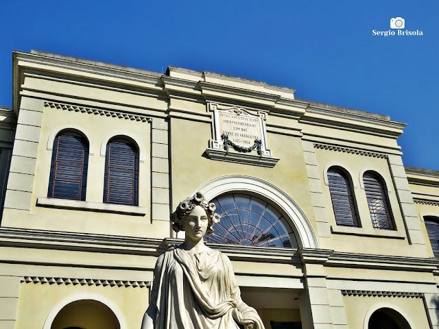 Fotocomposição com destaque para a fachada do Museu da Imigração - Mooca - São Paulo