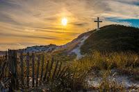Cross seaside - Photo by Soul devOcean on Unsplash