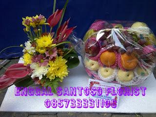 Rangkian Buket Bunga Dan Parcel Buah Untuk Ucapan Semoga Lekas Sembuh