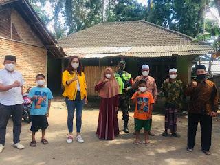 Prihatin Tiga Anak Yatim Piatu, Sari Yuliati Bantu Biaya Sekolah Hingga Selesai