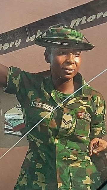Video: The female soldier beats a physically disabled man in Ibadan)