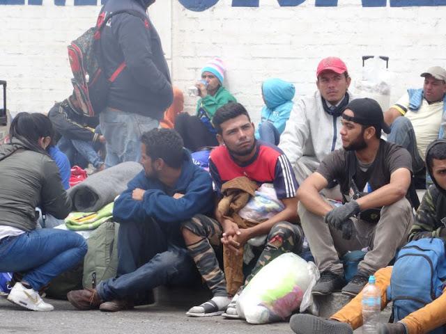 """América Latina """"construye"""" un muro legal contra la migración venezolana"""