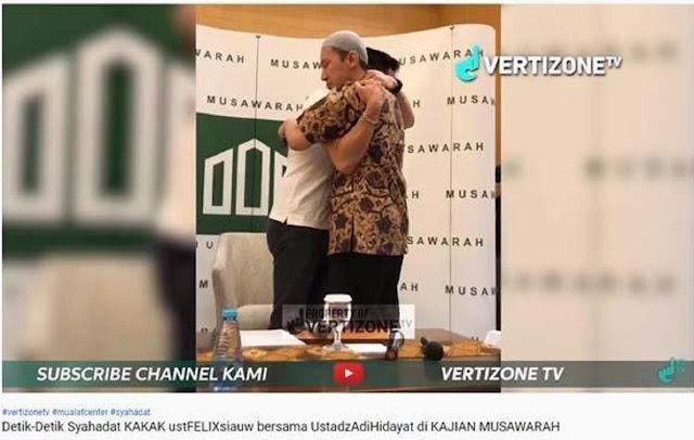 Kakak Ustaz Felix Siauw Ucap Syahadat, Ummu Aulia Cerita Perdebatan Jelang Pilpres di Grup WA