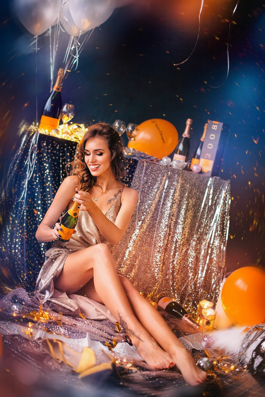 veuve clicquot champagne celebration party glitter balloons photography