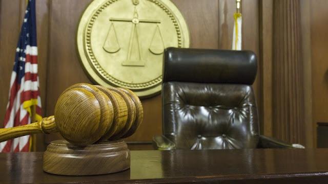 """Adolescente graba cómo viola a una menor, pero el juez considera que merece clemencia por """"venir de una buena familia"""""""