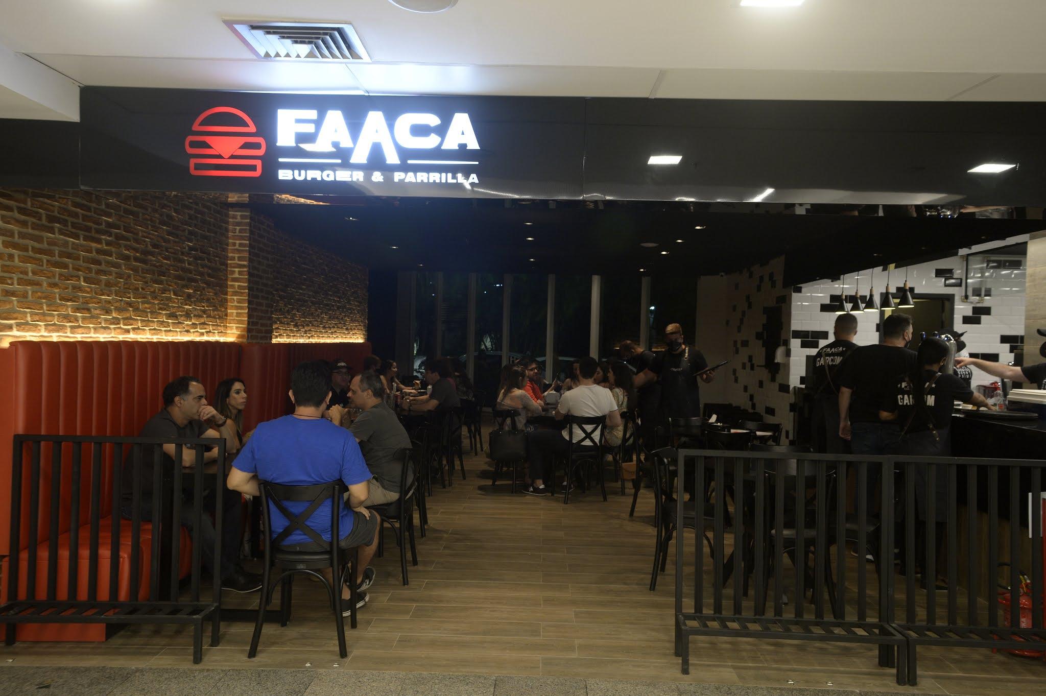 Faaca Burger e Parrilla presenteia mães e avós no Recife