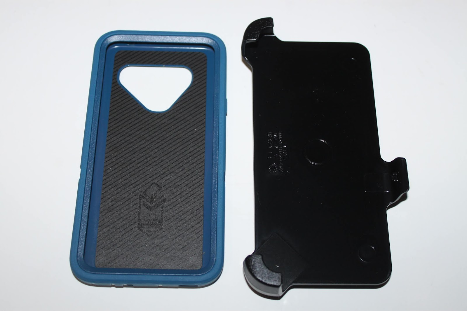 premium selection 32abc 9dfd8 Stereowise Plus: Otterbox Defender Series LG V40 ThinQ Case Review