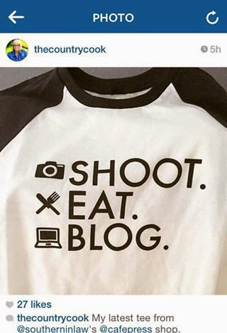 Blogger Gift Ideas - Unique Blogger T-Shirt