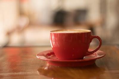 maroon cup tea