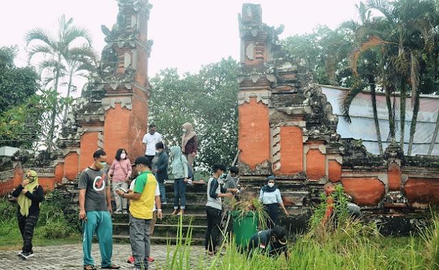 Pura Lingsar Destinasi Wisata Bernuansa Bali Di Lombok Barat