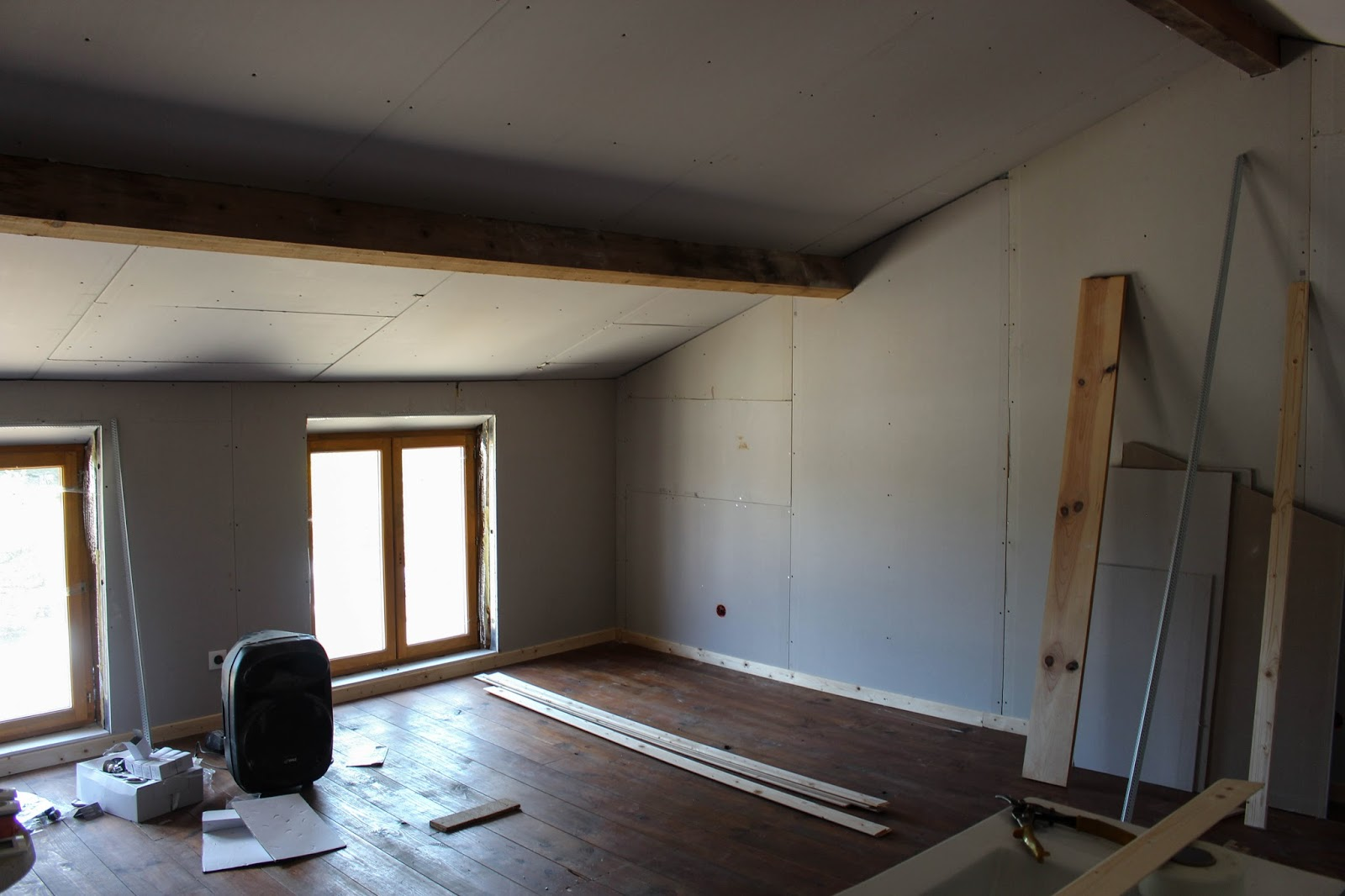 Once the walls were up I was able to picture the room clearer in terms of  furniture and decoration  A few days after this was taken  the walls were. DIY Part 1  the transformation process of my new bedroom   THE