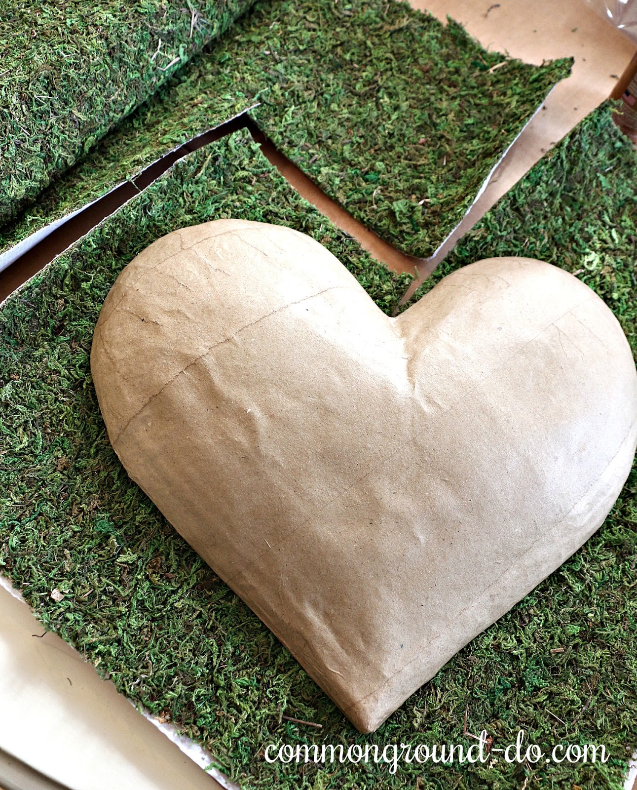 Common Ground How To Make A Moss Covered Heart