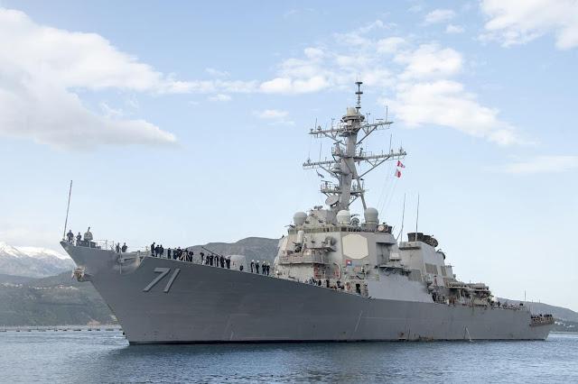 Khu trục Hạm tên lửa dẫn đường lớp Arleigh Burke USS Ross (DDG 71)