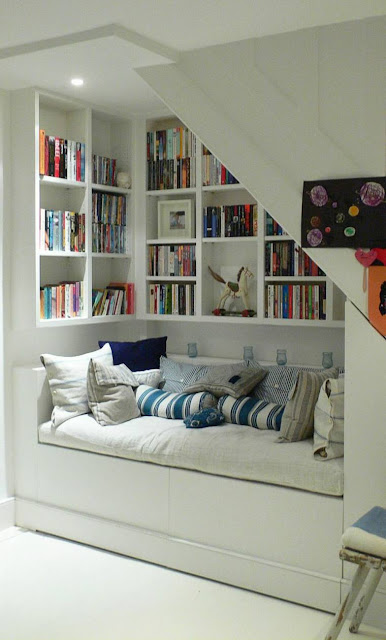 Reading Nooks Under the stairs Ideas