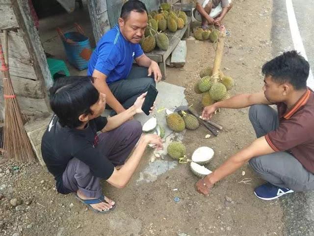 Kampung Durian Telaga Ngebel