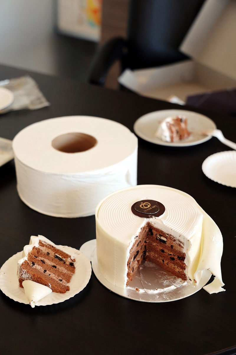 This Baker Made a Toilet Paper Cake in Light of the Coronavirus Pandemic