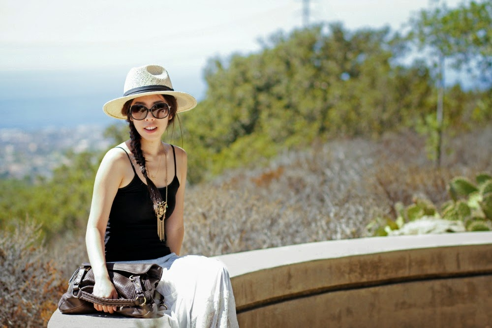 What to Wear to a Summer Lunch Date - How to Style a Straw Fedora - Simple Girly Airport Fashion Adrienne Nguyen