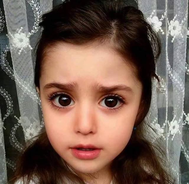 طفلة عراقية تم اختيارها كملكة جمال الاطفال
