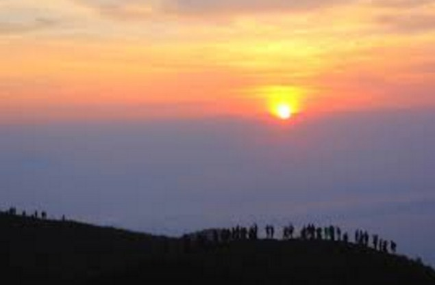Sunrise bukit teletubbies bromo