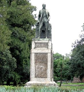 Monumento a Luis Maria Drago, em Buenos Aires